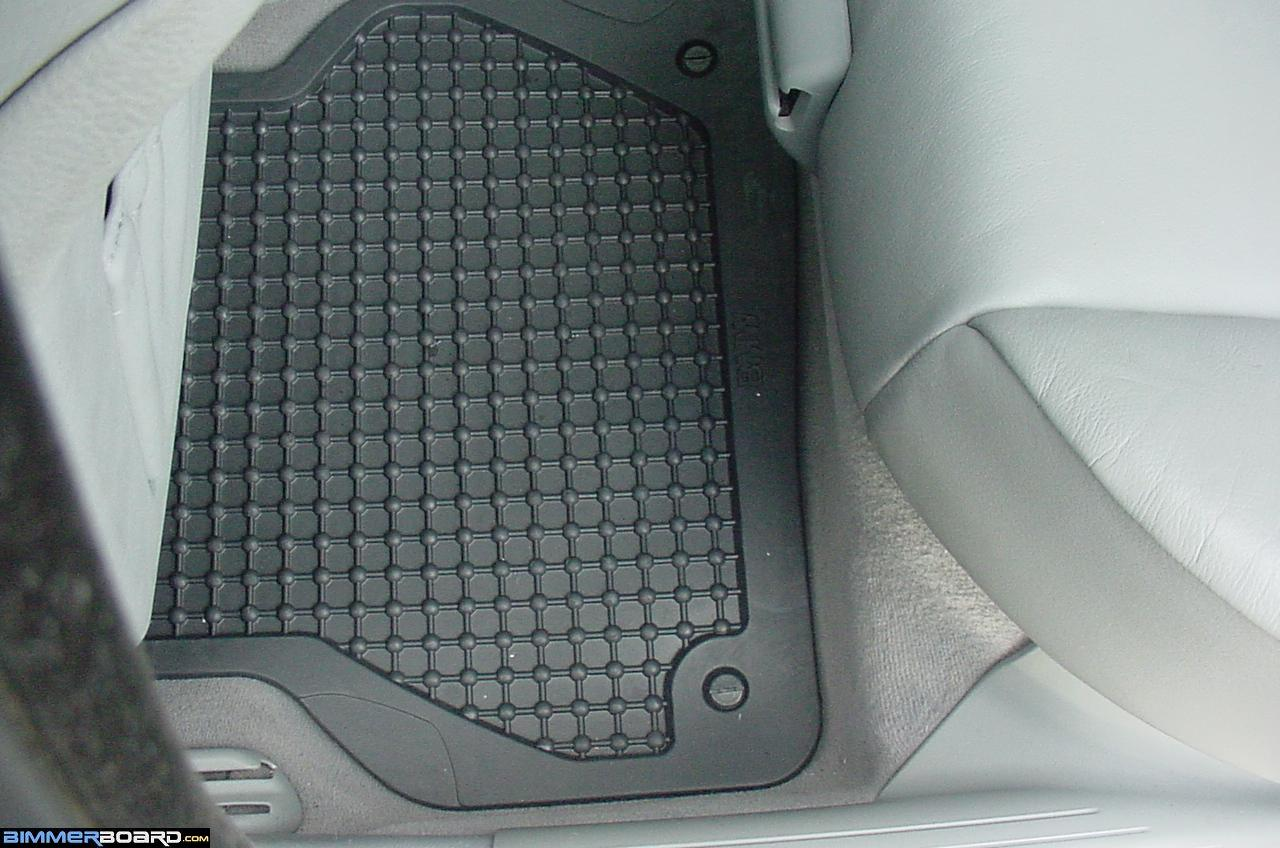 Rubber floor mats minivan - E34 Rubber Mat S Design W Special Dam On Front Passenger Side To Keep Water From Running Off Onto Carpet Due To The Anchor Hole Being Lower Than The Rest